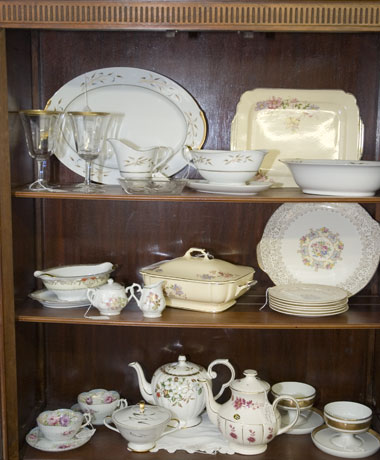 Egg Palace Antiques China